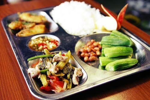 công ty cung cấp suất ăn công nghiệp tại Bắc Ninh 1